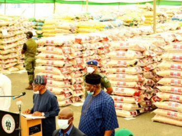 Coronavirus lockdown: Osun State gives-out 6,020 bags of rice to residents
